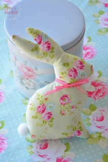 Decorative Bunny Pastel Green Floral